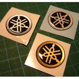 Logo arrière Yamaha diamètre 25 mm en relief 3D